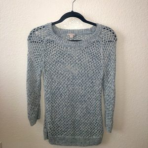 Gap light blue 3/4 sleeve sweater size: M